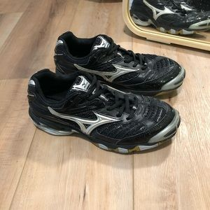 Mizuno Wave Lightning 6 Volleyball Shoes